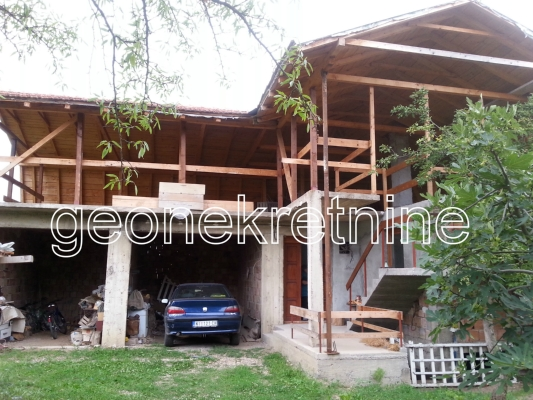 Kuća 240m² Novo Selo